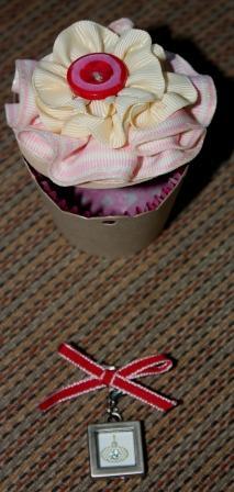Cupcake with charm